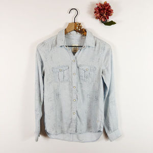 [AMERICAN EAGLE] Snap Up Shirt Chambray